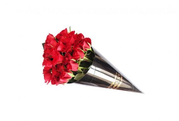 دسته گل رز مخروطی مدل 2