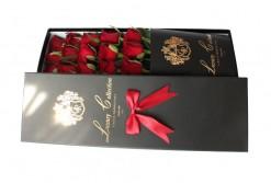 باکس گل مشکی Golden Rose