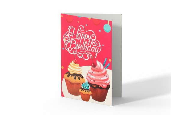 Cupcake happy birthday greeting card No.1